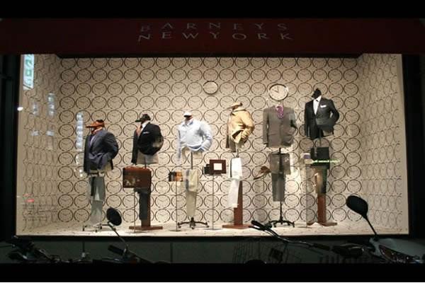 服装店橱窗的装修及设计-装修设计-卓创建筑装饰