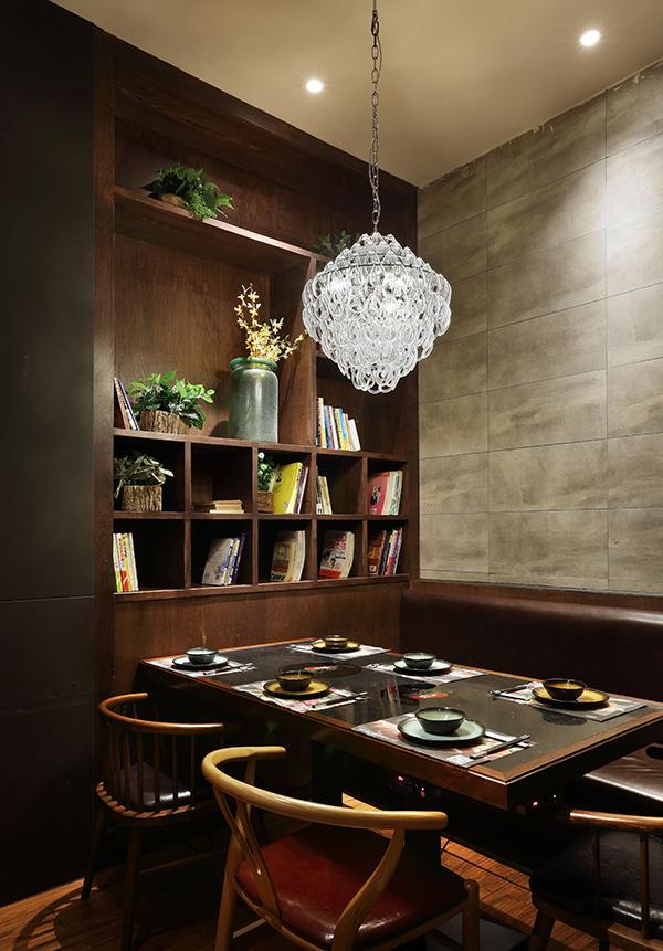 火锅店大厅装饰柜设计