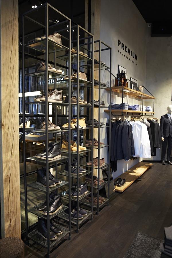 男装店装修需要添加哪些元素?